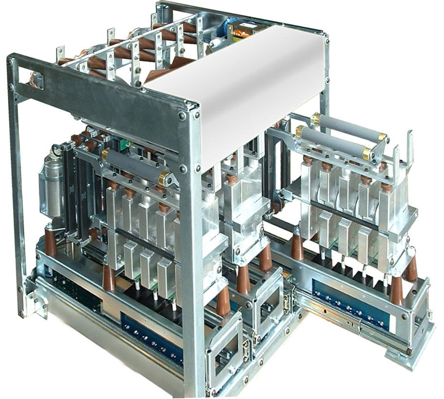 软启动原理  软启动器基础理论 电机的控制包括电机的起动、调速和制动。异步电动机由于具有结构简单、体积小、价格低廉、运行可靠、维修方便、运行效率较高、工作特性较好等优点,因而在电力拖动平台上得到了广泛应用。据统计,其耗电量约占全国发电量的40%左右。当电机并入电网时,电机转速从静止加速到额定转速的过程称为电机的起动过程。 异步电动机的起动性能最重要的是起动电流和起动转矩。因此在电机的起动过程中,如何降低起动电流,增大起动转矩,一直是机电行业的专家们探讨的重要课题.