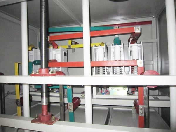 高压水电阻起动柜_高压电容补偿柜