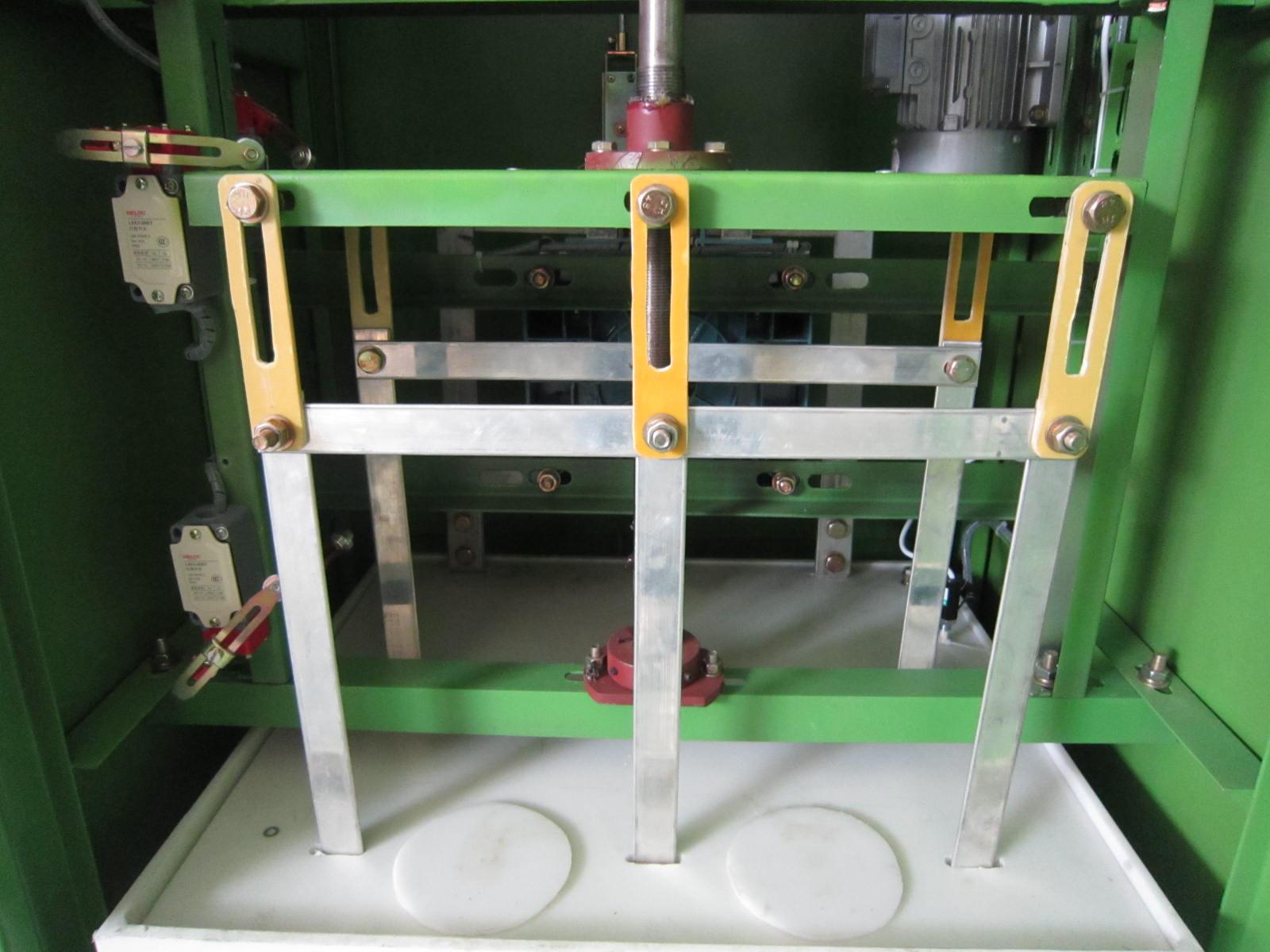 低压水阻柜_高压电容补偿柜