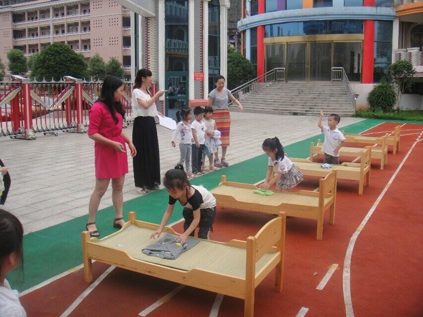 健康快乐发展主题_宜春行政中心幼儿园